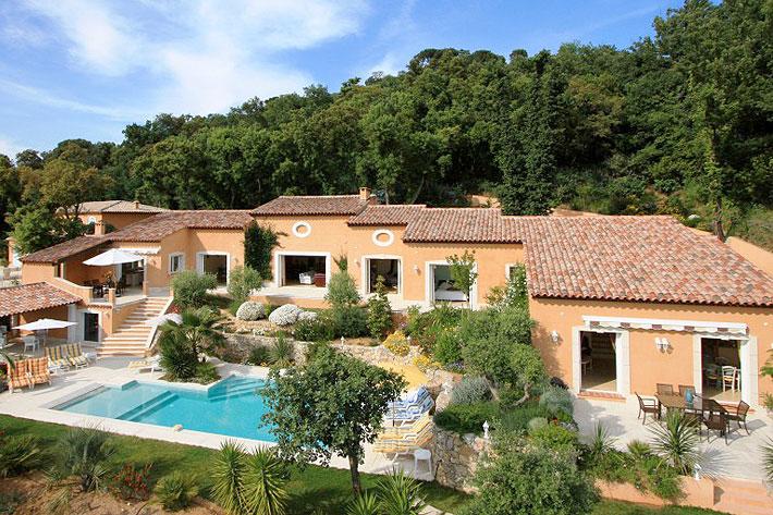 Location villa piscine grimaud pr s de saint tropez la - Location cote d azur avec piscine ...